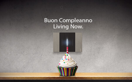 Buon compleanno Living Now